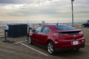 2014-Chevrolet-Volt-006-medium