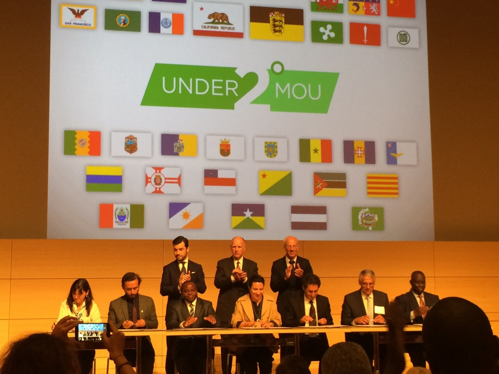 "Governor Brown witnesses subnational leaders from around the globe signing the ""Under 2 MOU"" Thursday in New York."